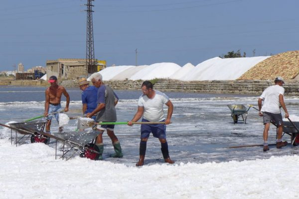 Adventures on western Sicily's salt pans