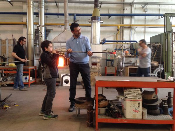 glass-blowing in Venice · www.casamiatours.com