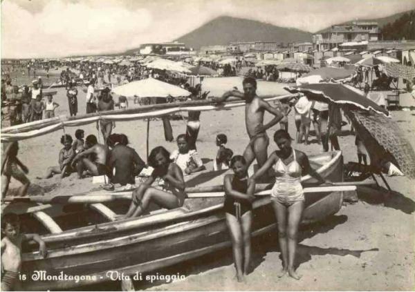 Italian beach life and meals · www.casamiatours.com