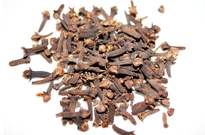 The Spice Cabinet: Cloves