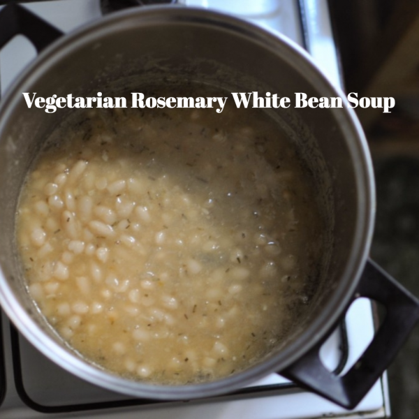 Vegetarian Rosemary White Bean Soup