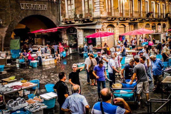 Catania · www.casamiatours.com