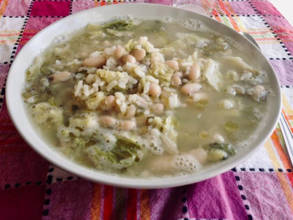 Chicken, escarole & white bean soup