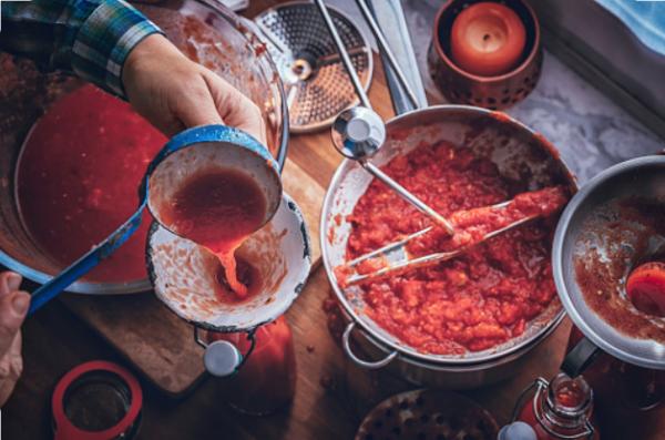 making homemade passata