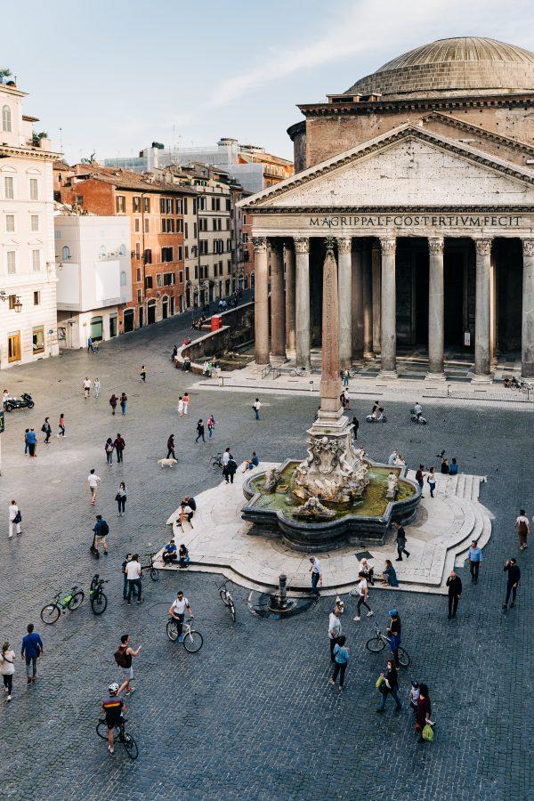 rome restaurants open in august